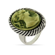Cameo Ring with Cable Edging