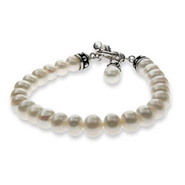 Single Strand of Freshwater White Pearls Bracelet
