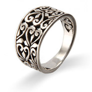 Vintage Filigree Hearts Sterling Silver Ring