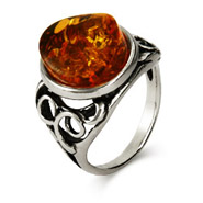 Honey Amber Beveled Oval Antique Style Ring