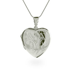 Annas Pretty Etched Large Sterling Silver Heart Locket