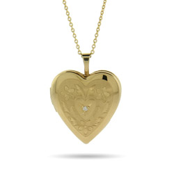 Engravable Vintage Style Gold Vermeil Heart Photo Locket