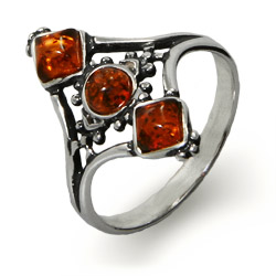 Vintage Style Diamond Shaped Genuine Baltic Amber Ring