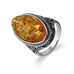 Large Oval Ornate Vintage Style Baltic Amber Ring