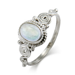 Sterling Silver Vintage Heirloom Moonstone Ring