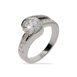 Beautiful Brilliant Cut CZ Engagment Ring