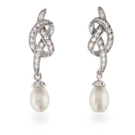 Exquisite Vintage Style CZ Freshwater Pearl Drop Earrings
