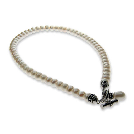 Single Strand of Freshwater White Pearls Necklace