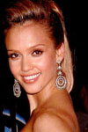 Jessica Alba wears a pair of peardrop earrings for a special occassion that makes her positively sparkle!